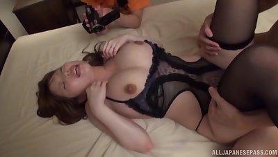 Closeup video of passionate MMF threesome around Rion Nishikawa