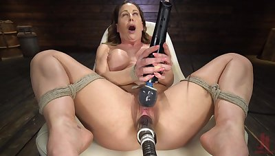 Fucking machine mature constant porn with munificence DeVille