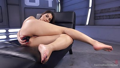 Solo looker rides her toys then tries the fucking machine in proper XXX