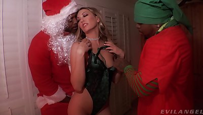 Two black dudes in Santa costumes fuck sexy snow oldest Adira Beseech