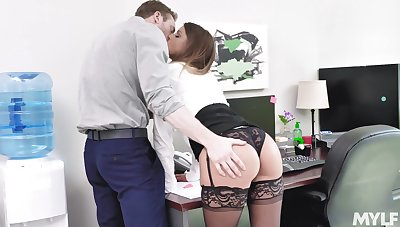 Uncle gets laid with a difficulty new guy then swallows his jizz