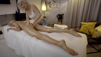 Finest lesbian massage featuring unforgettable Missy Luv and Zazie Skymm