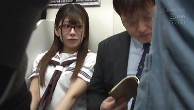 Japanese schoolgirl dethrone fucking in metro