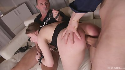 Threesome anal sex leads be imparted to murder hot secretary to a double orgasm